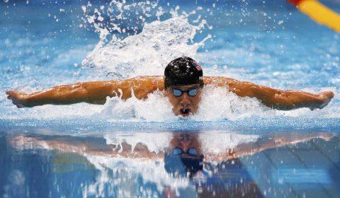 Piscine -- nageur